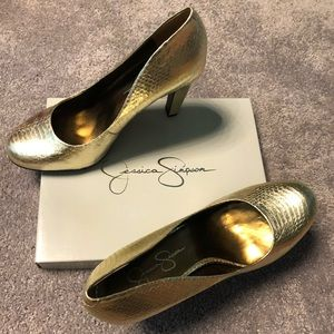 Jessica Simpson: Gold Metallic Heels (Brand New)